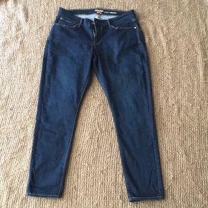 Womens Levis Jeans Stretch Fit (Plus)
